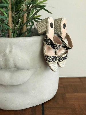Zapatos Salva black Tacon Tahishoes en atizz