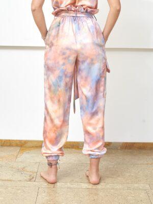 Foto producto cargo pant tie dye espalda
