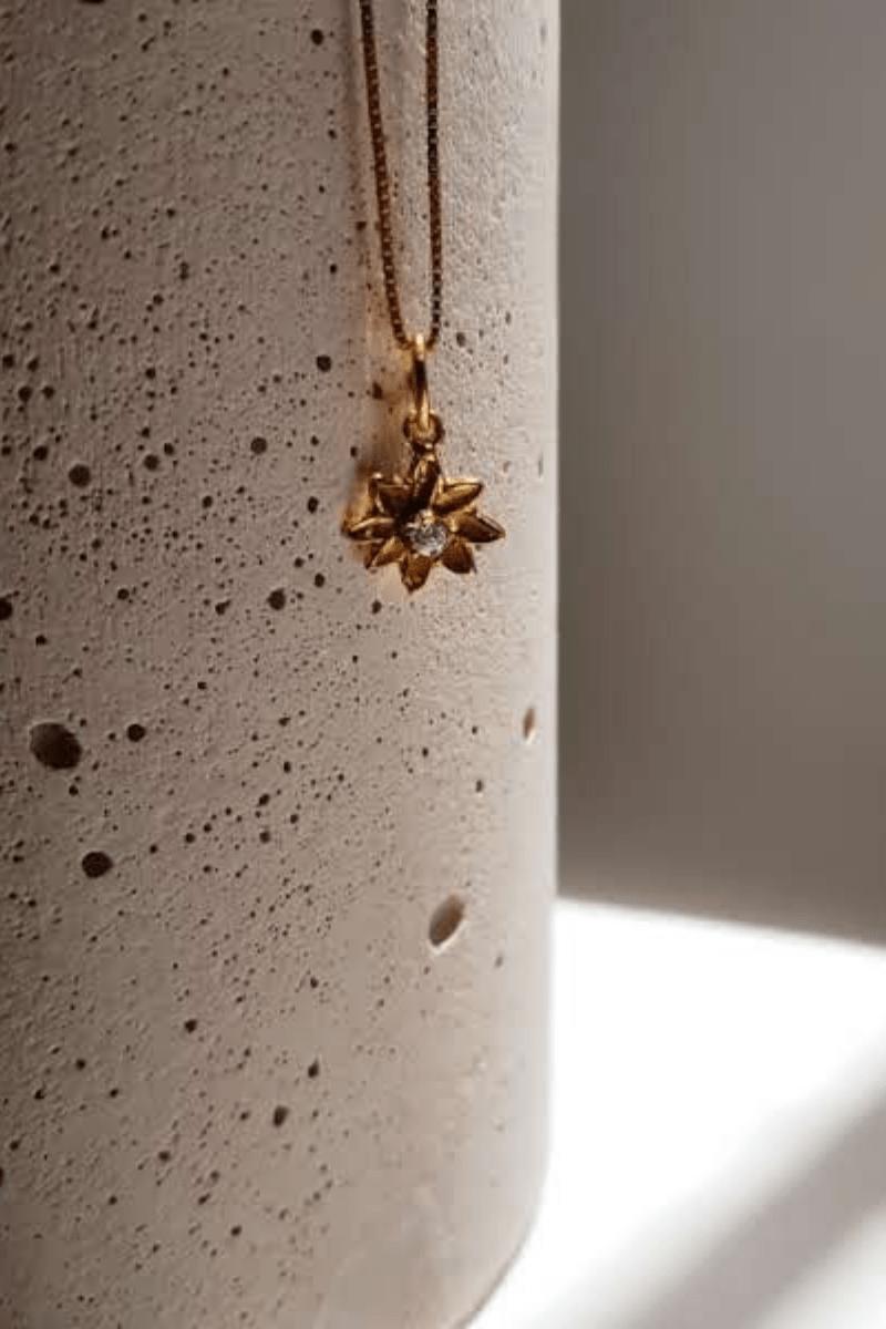 cadena-dije-flower-elisa-maya-atizz