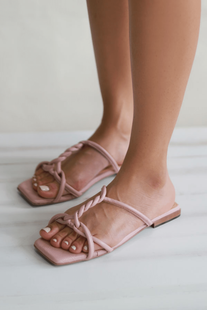 zapatos-ula-flats-rosa-jessicaballero-shoes-atizz